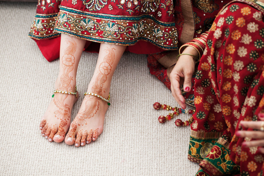 wedding-0348-indian-henna-bride-traditions-feet-australia.jpg