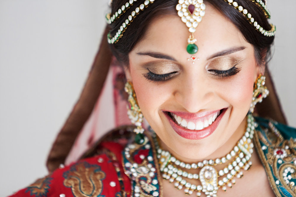wedding-0352-indian-bride-jewellery-eyelashes-brisbane.jpg