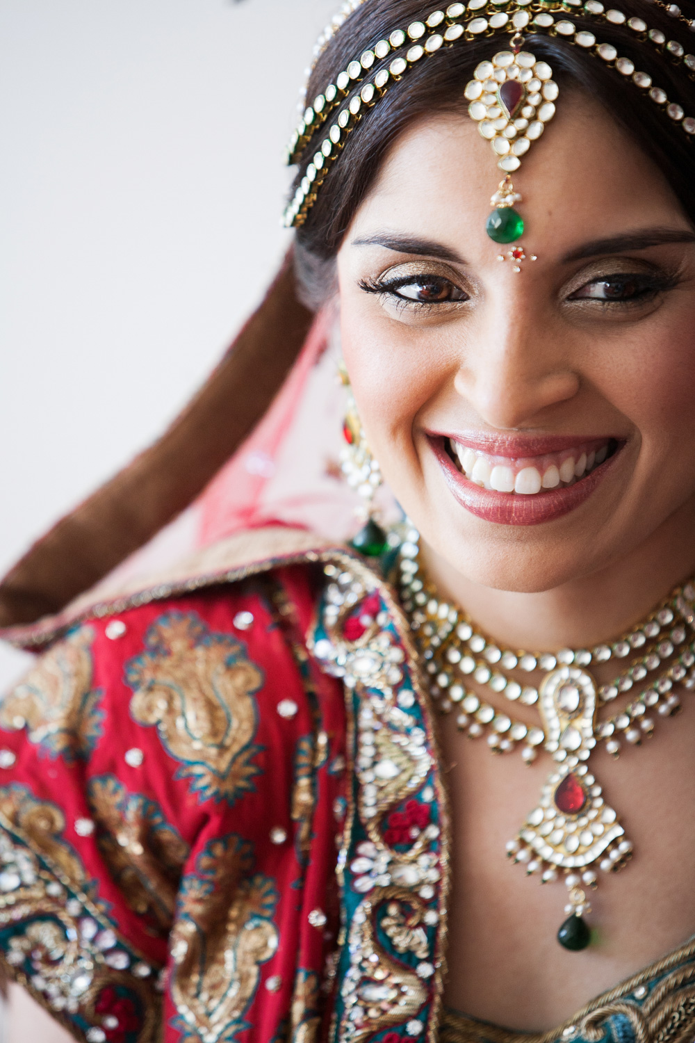 wedding-0354-indian-smile-bride-jewellery-australia.jpg