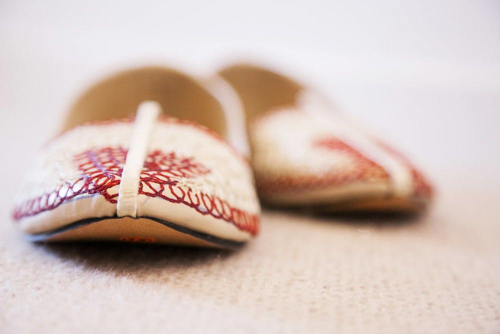 wedding-0356-indian-groom-shoes-slippers-queensland.jpg
