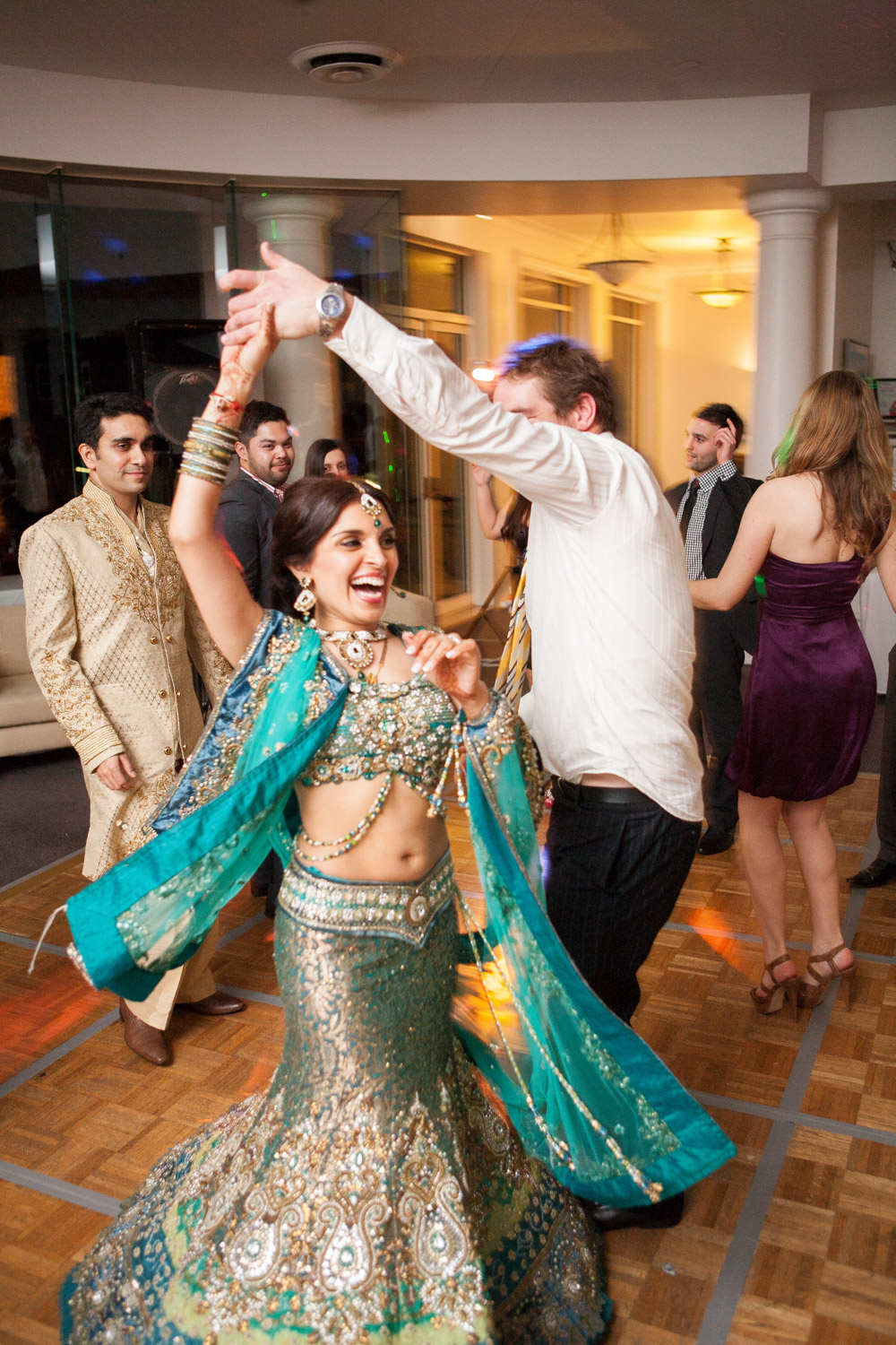 wedding-0403-indian-reception-dancing-green-sari-brisbane.jpg