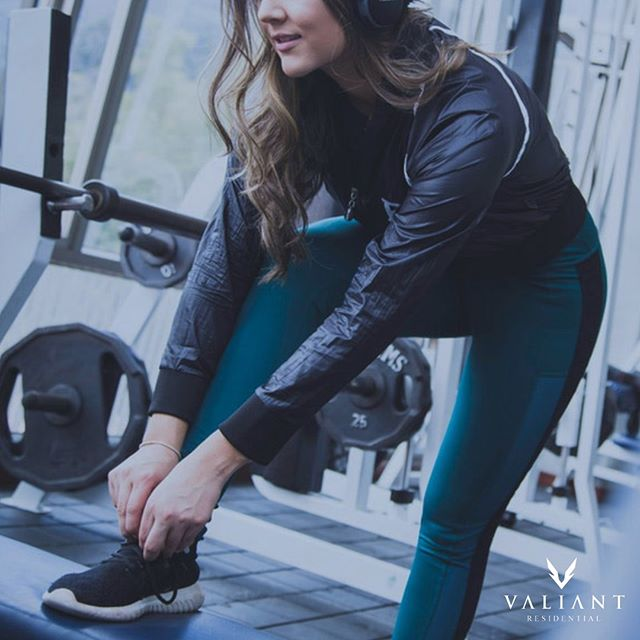 New year, new you? If one of your New Year's resolutions is to get fit & healthy 💪🏋, check out your community's gym! Many Valiant Residential communities offer this amenity, so you can also ditch your old gym membership fees 🚫! #bevaliant #valiantliving #propertymanagement #multifamily #texasproperties #apartmentliving #apartments #management #dallas #fortworth #austin #houston #living #lifestyle #nationalpersonaltrainerawarenessday #gym #healthy #fit #newyearnewyou #active