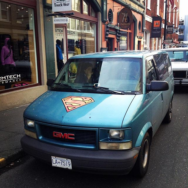 "I walked past this van today... ""that's neat its got a superman symbol on it..."" I kept walking...""WAIT A SECOND!""#supervan #onmybreak #pun #van #super #tgif"