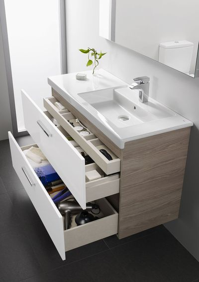 Undermount Sinks with Modern Fixtures