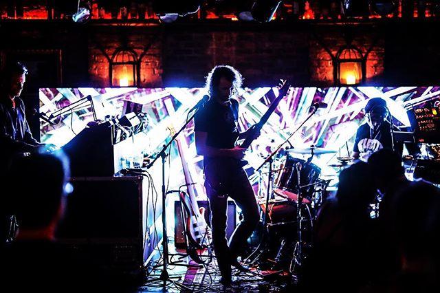 If is Friday yet!? 🔈🥁🎸🎹🎧🎤🎼 #digifrontmusic #jamband #music #phycadelic #psychedelicrock #psychedelicmusic #korg #moog #akai #newyork #newyorkcity #vibes #goodvibes #electronica #electronicmusic #glitch #visuals #eurorack #glitchart