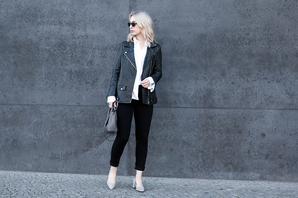 noa-noir-fashion-outfit-monochromatic-minimal-style-oversized-bell-sleeves-leather-jacket-4.png