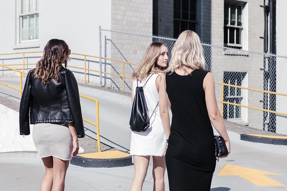 noa-noir-melissa-araujo-personalizing-minimal-style-alexander-ting-7.jpg
