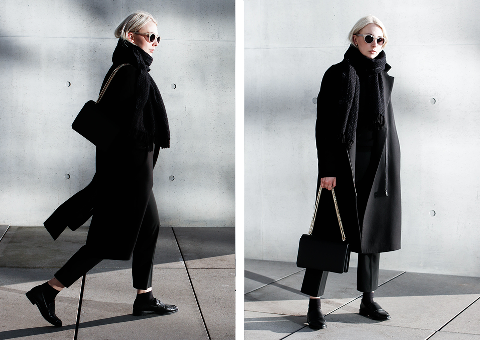 noa-noir-fashion-outfit-all-black-monochrome-minimal-inspiration-chain-bag-silver-blonde-1-2.png