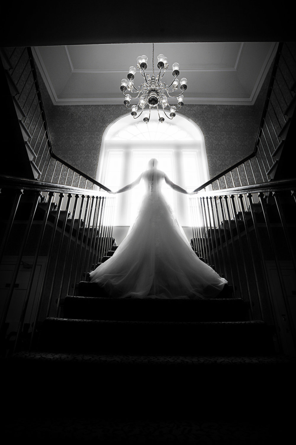 Classic_Bridal_staircase_photograph.jpg