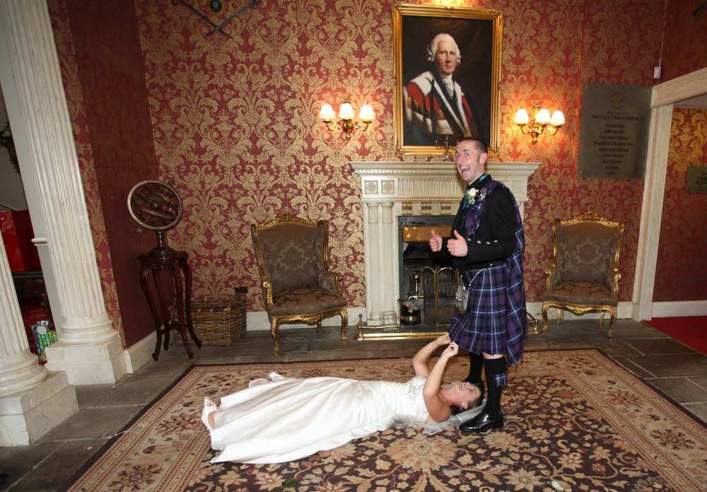 Cheeky_wedding_pic_kilt.jpg