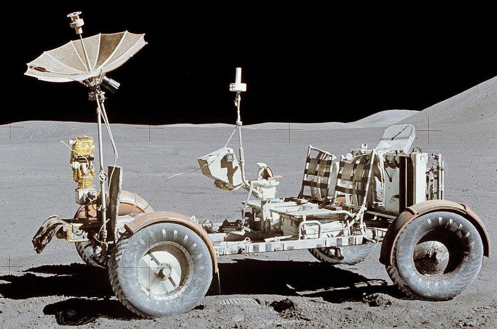 1280px-Apollo15LunarRover.jpg