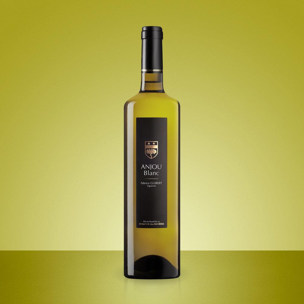 Anjou Blanv Bottle Colour Bkg.jpg