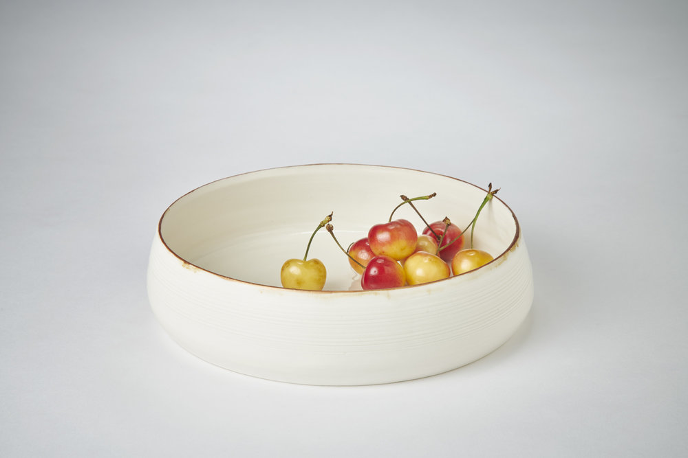Adams K4 Ceramics porcelain Medium shallow bowl with bronze lustre rim 21cm x 5.5cm. Photography Matthew Booth.jpg