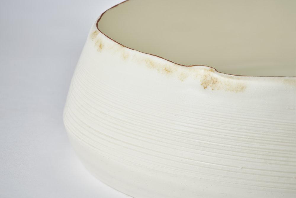 Kirsty Adams Large Flat shallow bowl close up.jpg