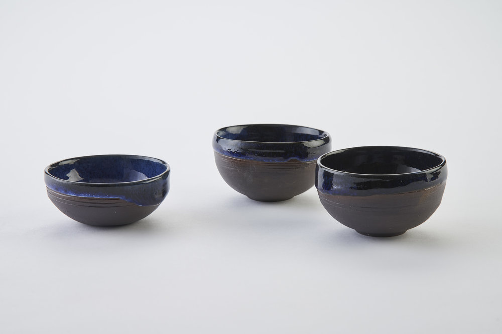 KA Ceramics Black Onyx porcelain salt bowls (7.5cm x 4cm) and chilli bowls (3cm x 7cm) cobalt blue, dolomte and tin layered glaze. Matthew Booth photography.jpg