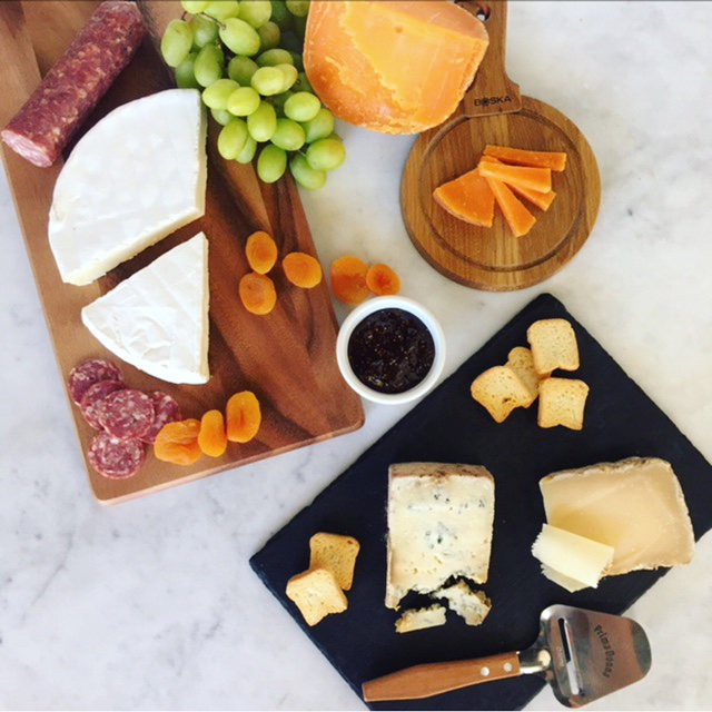 French Crate | $120 - Includes: Brie Fermier | Mimolette | Ossau Iraty | Blue De Basque | Olives | Saucisson Sec | Petite Toast | Fig Jam | Cheese Cellar Crate (Not Pictured)Contains 2 LBS. of Cheese