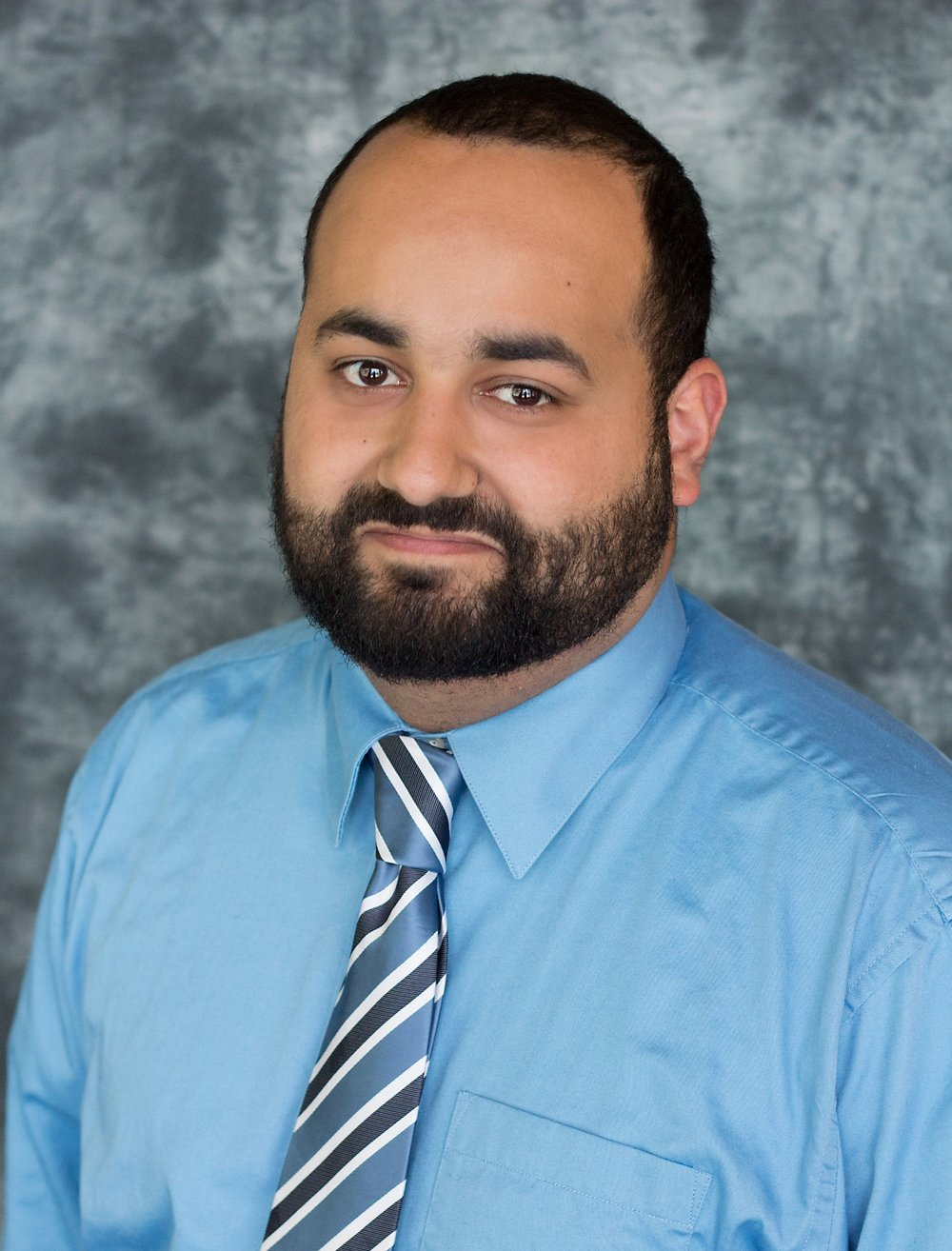 Nasser Headshots-3.jpg