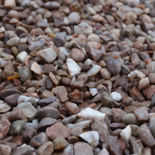 DECORATIVE GRAVEL -