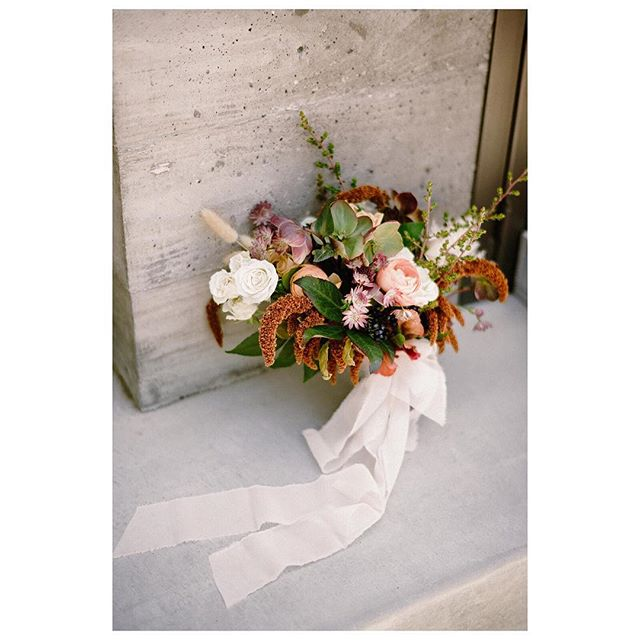 @aurelia.flora is so amazing with a elegant foraged look. We're always excited to see what she'll create next.  From our latest @nearest.dearest.slo collaboration.  Collaboration @nearest.dearest.slo Photographer @loveridgephotography Videography @steelheadcinema Planner & Designer @samanthajosetteevents Florist @aurelia.flora Hair & MU: @rhyantownsend Cosmetics: @houseoftherozetree Furniture Rentals @avenuetwelverentals Tabletop Rentals @gycrentals_ Linens @blushfinelinens Caterer @floraandfaunafinefood Bar @copperandcrystal Bakery @pardonmyfrenchslo Venue & Wine @biddle_ranch_vineyard Live Music @comealiveentertainment Dj @djsparrowentertainment Stationary @feteteandquill Dress @shopthemeadow Accessories & Jewelry @amour_jewelry_accessories Models @jen_rodriguez & @lostboarder