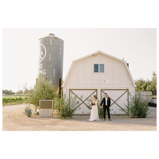 When we were dreaming of Nearest and Dearest, @biddle_ranch_vineyard was one of the first venues that came to mind as the perfect spot for an intimate wedding. It's the perfect mix of modern, country and cozy.  Collaboration @nearest.dearest.slo Photographer @loveridgephotography Videography @steelheadcinema Planner & Designer @samanthajosetteevents Florist @aurelia.flora Furniture Rentals @avenuetwelverentals Tabletop Rentals @gycrentals_ Linens @blushfinelinens  Caterer @floraandfaunafinefood Bar @copperandcrystal Bakery @pardonmyfrenchslo Venue & Wine @biddle_ranch_vineyard Live Music @comealiveentertainment Dj @djsparrowentertainment Stationary @feteteandquill Hair and Makeup @rhyantownsend @houseoftherozetree Dress @shopthemeadow Suit @express Bowtie @captainjoshua Jewelry & Accessories @amour_jewelry_accessories Models @jen_rodriguez @lostboarder