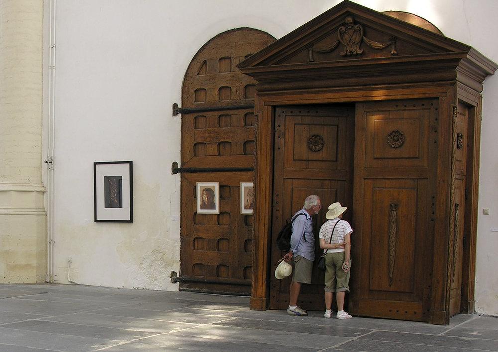 leiden-church-installation-people.jpg