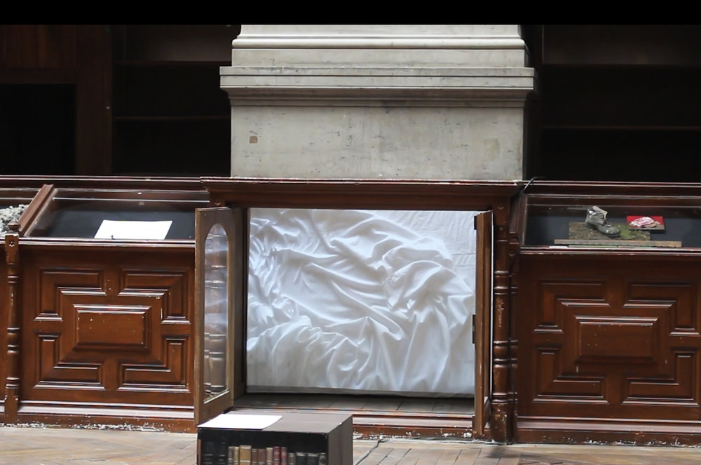 sheet-cabinet.jpg