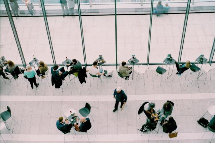 Connaître ses futurs partenaires - Jury, Business Angel, banquier, ces fonctions sont différentes.Apprenez à les connaître, montrer patte blanche, rassurer et exposer le plein potentiel de votre idée.