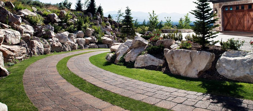 Concrete Pavers VS Poured Concrete - Image courtesy of Belgard