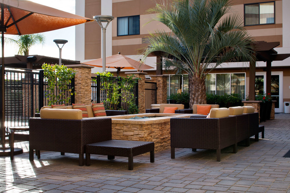 Using Concrete Pavers In Your Homeowners Association