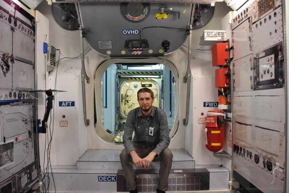 Scoop Davis in the ISS training mockup at JSC, 2015.