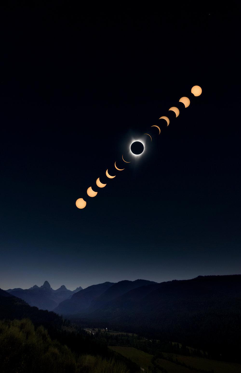 2017 solar eclipse. © Mike Stillwell