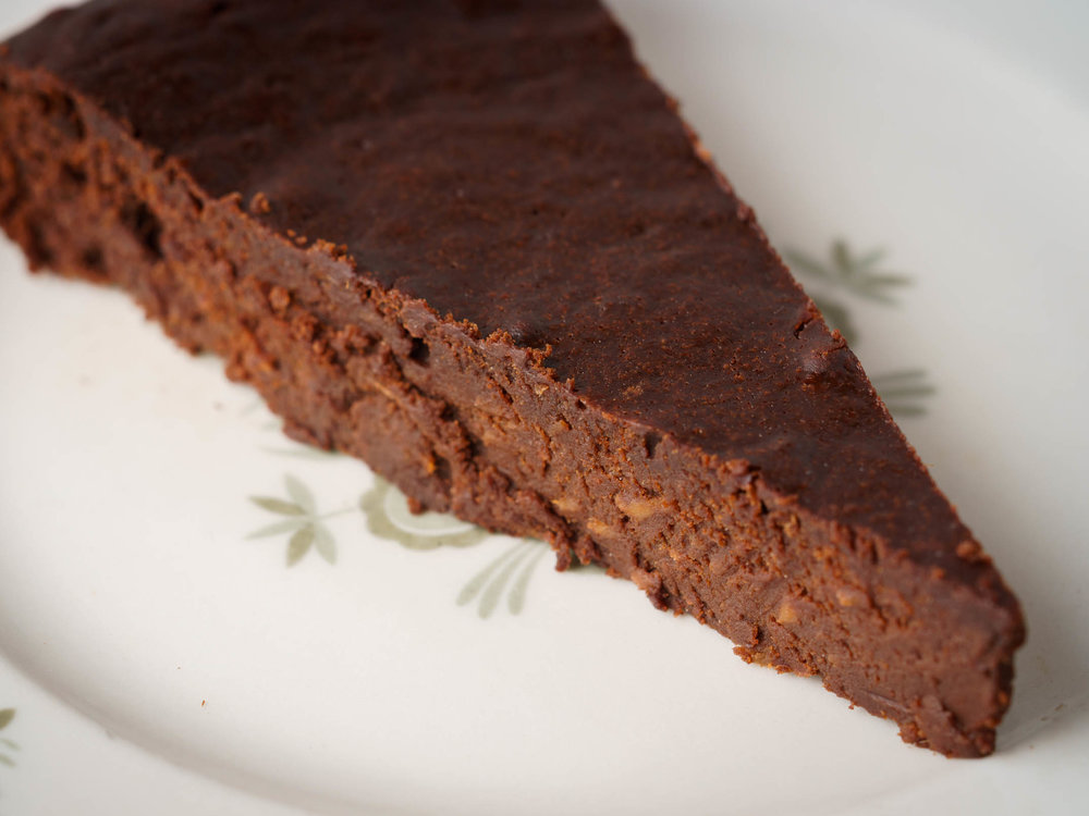 flourlesschocolatecake2.jpg