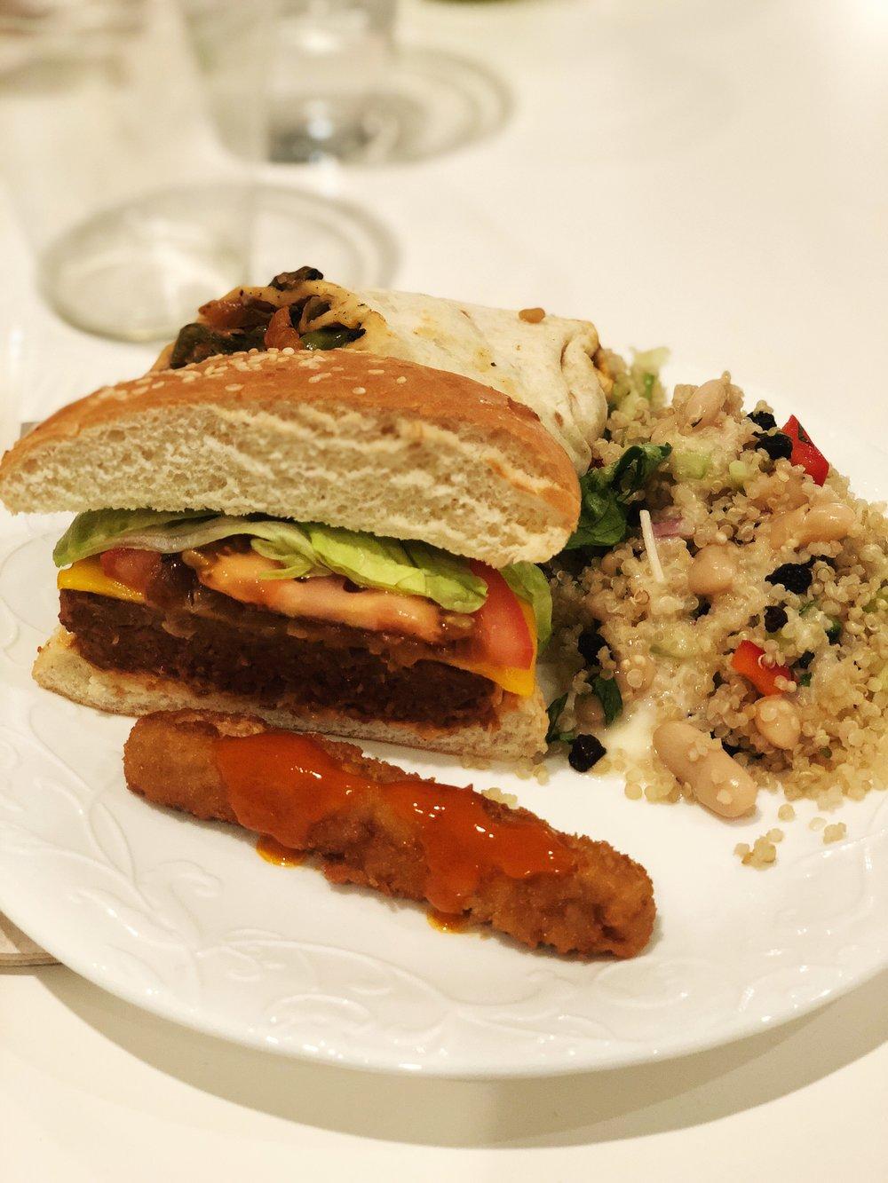 almondsandasana_veggiegrill_food.JPG