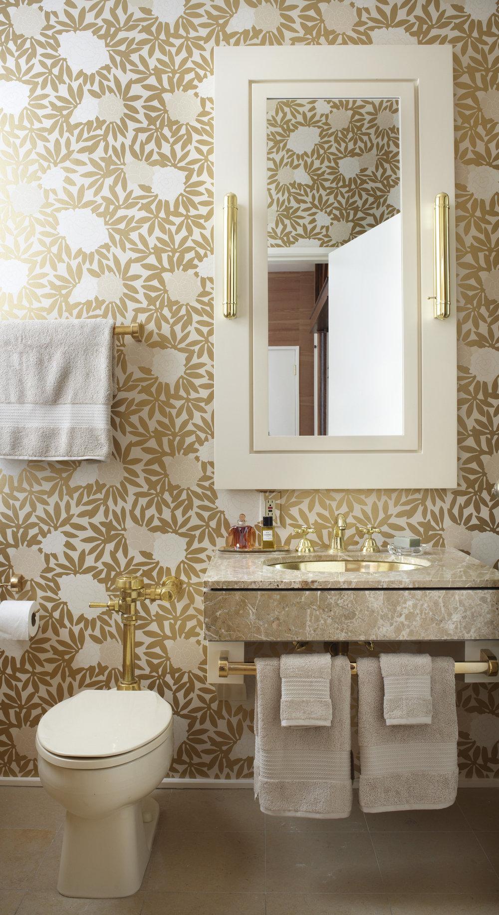 wallpaper-powderroom-0516.jpg