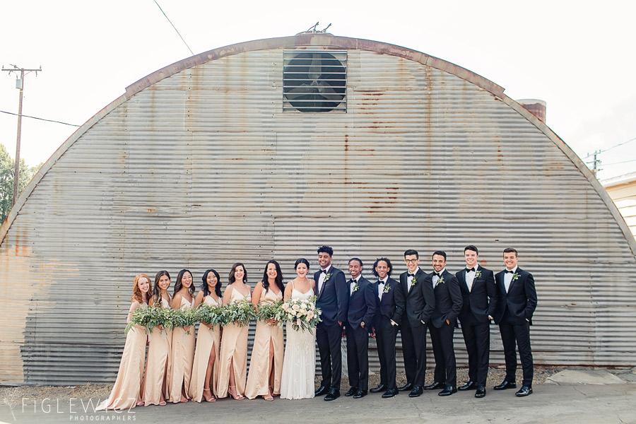 Smoky-Hollow-Studios-Wedding-Tori-Peppy-0027.jpg