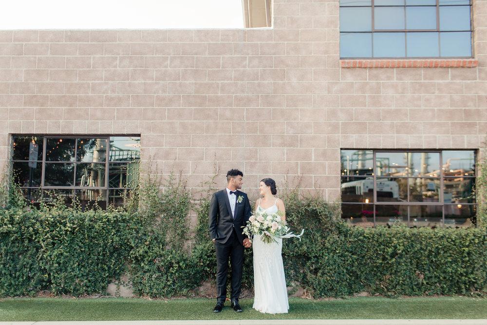 Smoky-Hollow-Studios-Wedding-Tori-Peppy-0134.jpg