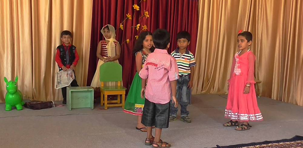 Kids performing play (cc0).