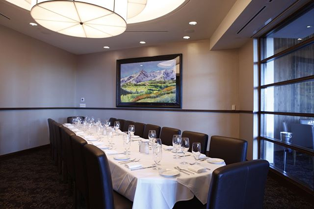 Shanahan's contemporary and comfortable atmosphere is perfect for your special occasion, corporate gathering or wedding rehearsal dinner. Contact us today to make your reservation! #shanahans #shanahanssteakhouse #denversteakhouse #steakhouse #restaurant #steak #fish #cocktails #steakfishcocktails #privatedining #opentable #ambiance