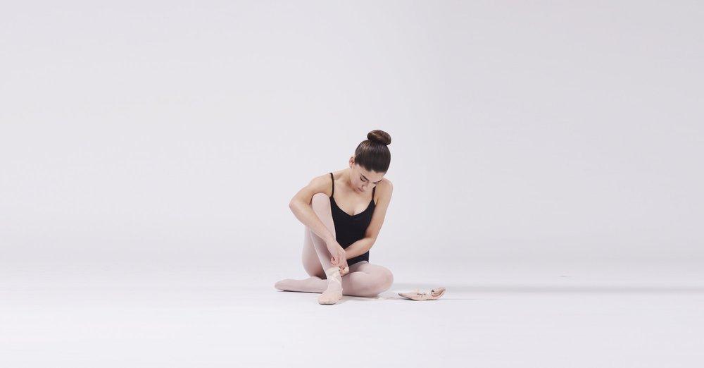 - Open, Stretch, pointe