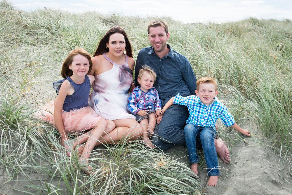 Family beach-001aa.jpg