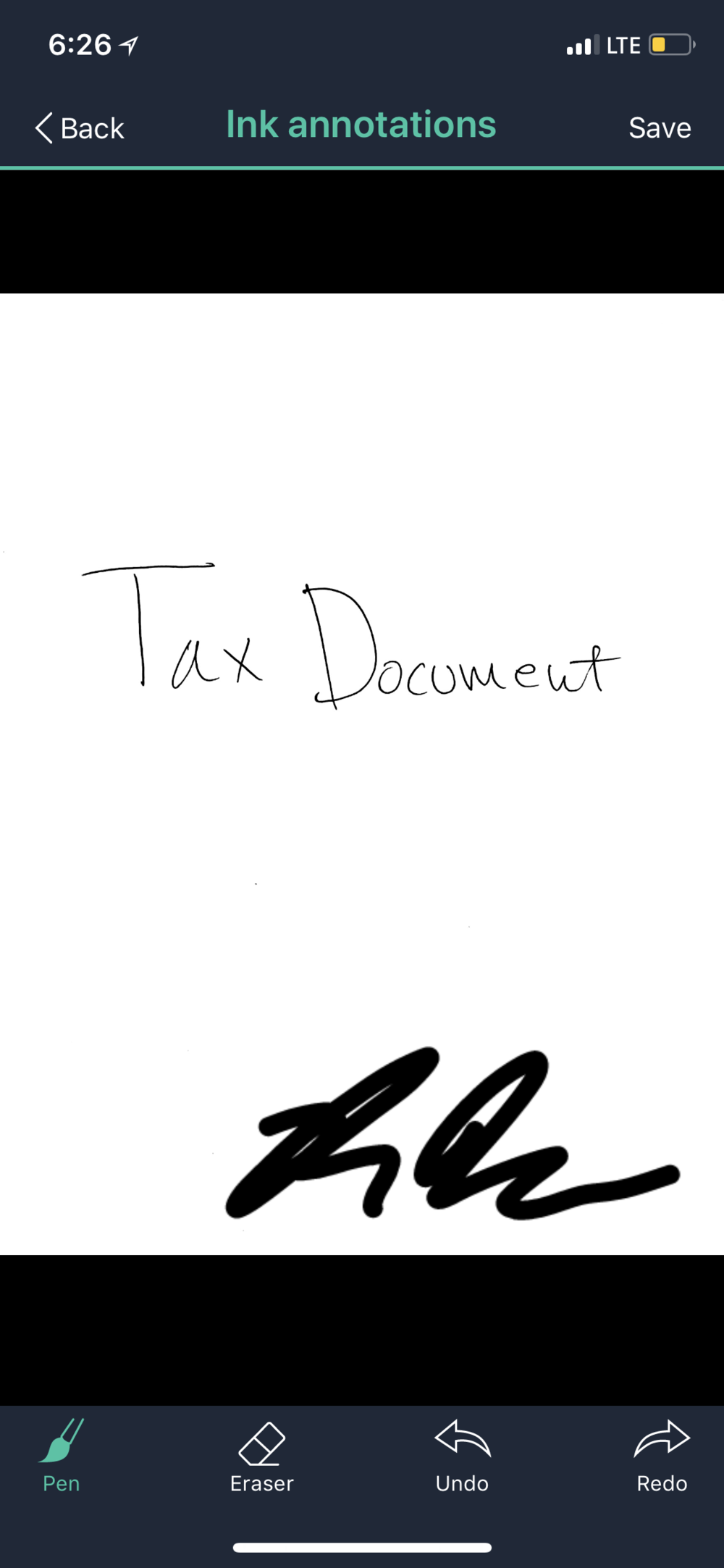 An example of the CamScanner app with a signature added.