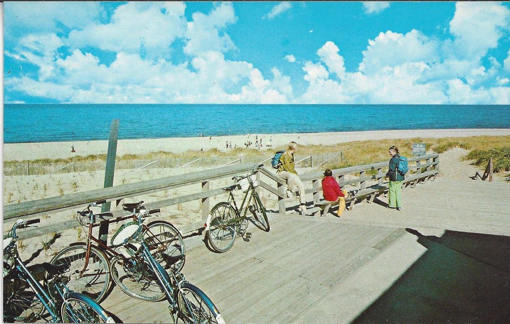 Nelson's rental bikes at New Beach c 1970 - Salvador Vasques
