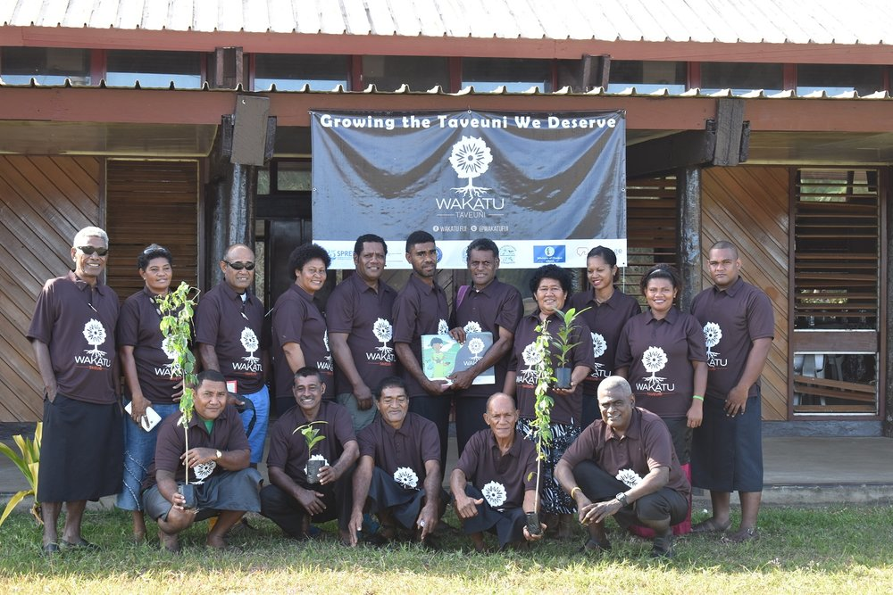 Wakatu champion s outside the provincial office_Taveuni.JPG
