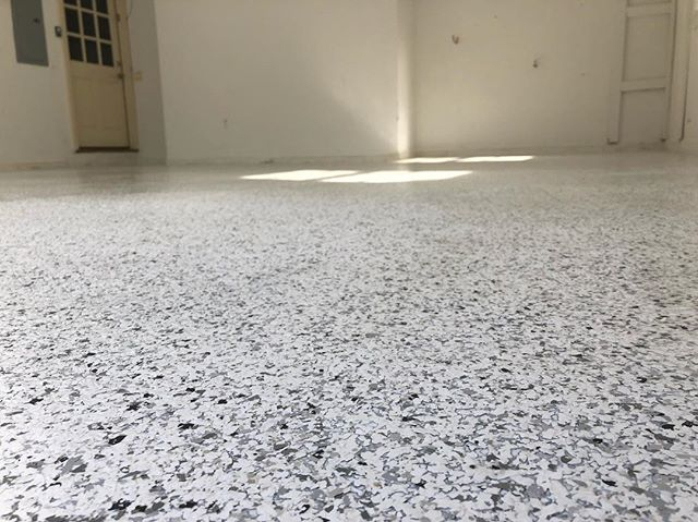 Another flake floor done this week #epoxyresin #epoxyfloor #garagefloor #404epic #704epic #atl #clt