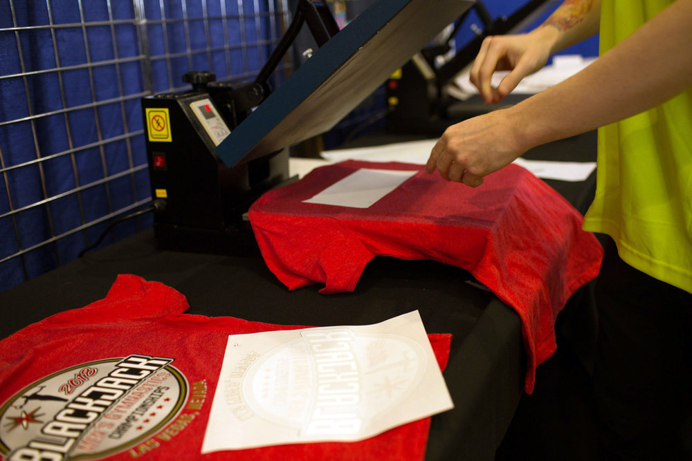 CHOOSE APPAREL. CHOOSE LOGOS. READY IN MINUTES.  - ON THE SPOT CUSTOMIZATION