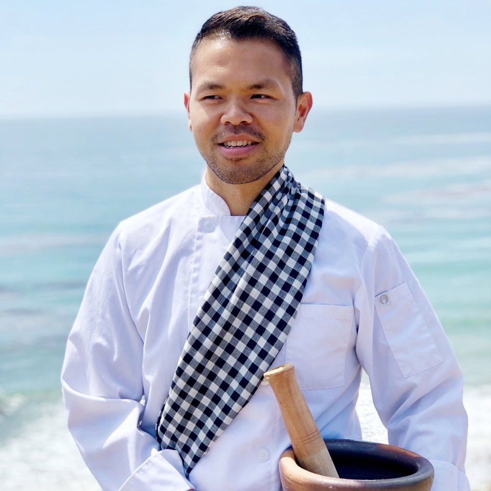 Saengthong Douangdara   Private Chef, Cooking Instructor   Facebook ,  Instagram ,  Twitter