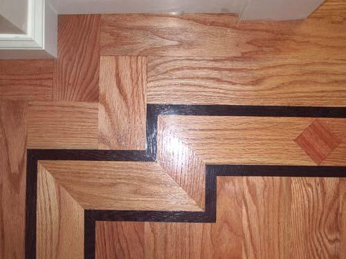 Corner wood detail