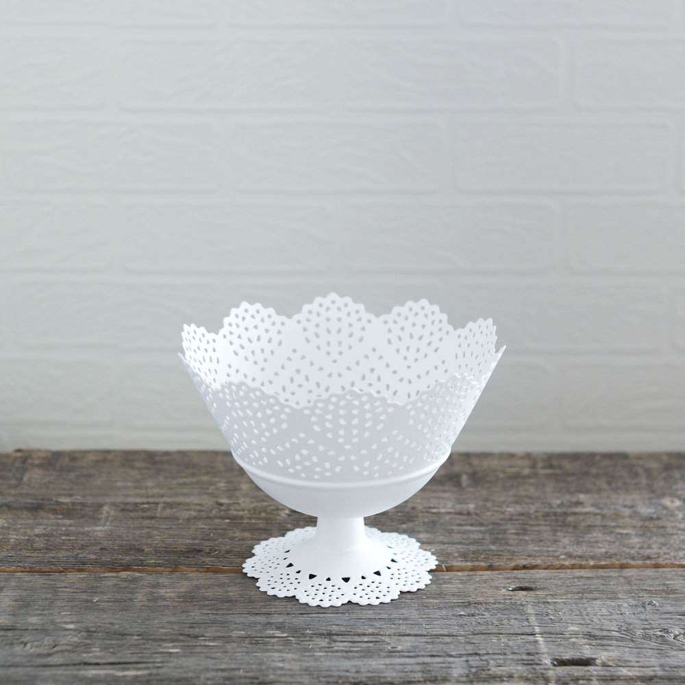 "lace bowl - white - 7"" x 5"" - 4 available"