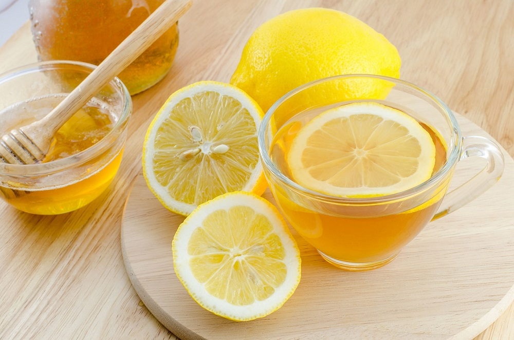 Lemon + Honey Face Mask - 1 lemonOrganiclemon works best. If you don't have one. You can use ordinary lemon.2 tablespoons honey