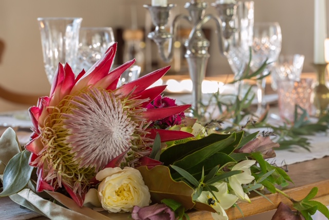 clareville bakery - styled shoot - august 2018 - Styling and Tableware - Mavis and Foxe EventsFlowers - He Putiputi florist - MartinboroughGraphics - Feels Friday Paper - CartertonLinen - Tbl.Linen - TaurangaCake Toppers, Place Names - Huia Nest - Featherston